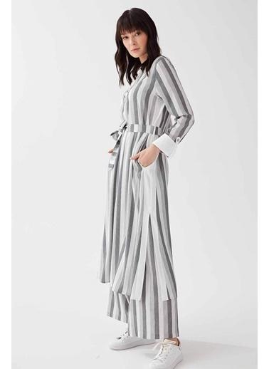 Vivencia Düğmeli Çizgili Kumaş Pantolonlu Kadın Takım Gri Gri